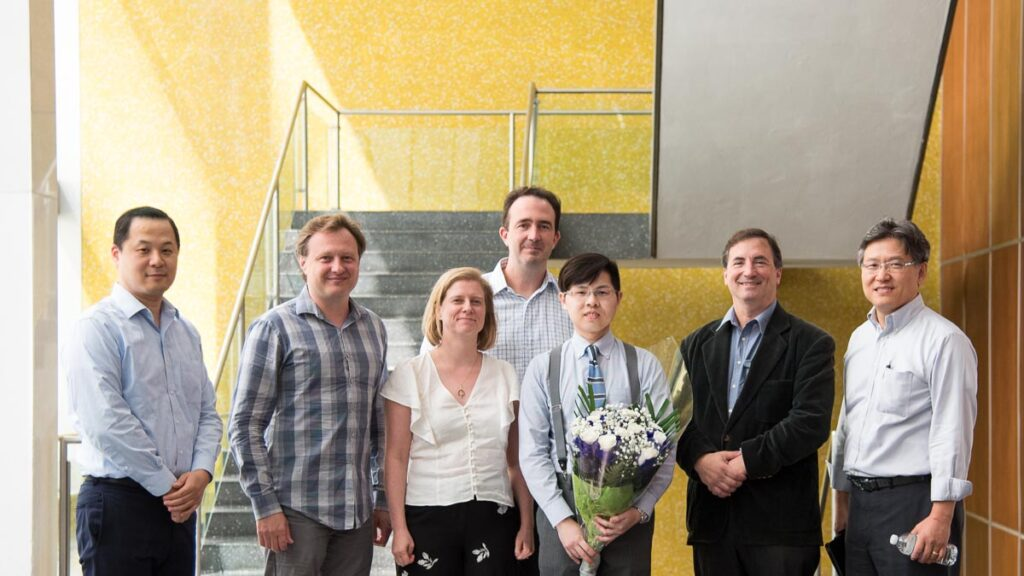 Hong Hsi Lee after defending his PhD thesis in 2019, with committee members.